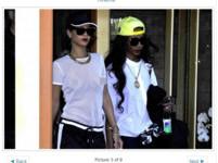 時尚?蕾哈娜穿漁網透視裝逛街 胸前黑棗透出來沒想遮