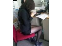 太有誘惑力! 武漢某中學禁止女教師穿黑絲襪上課