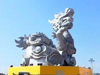 重40噸長20公尺 史上最大主燈「千里龍廊」在鹿港