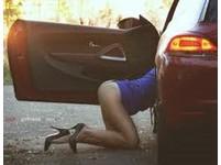 人夫在妻子車上外遇搞車震 行車紀錄器嗯嗯啊啊全都錄