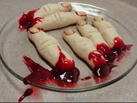 敢吃嗎?血淋淋「斷指」做蛋糕 恐怖造型挑戰你的膽量