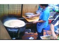 華郵揭露:中國水溝廚餘煉油 再炸鹽酥雞