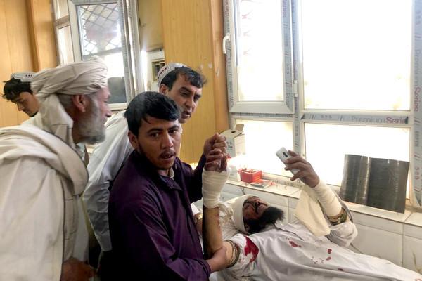 醫院外汽車炸彈爆炸...攀升至39死140傷!阿富汗1周91人亡