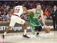 NBA、英雄聯盟哪個垃圾話多?球星星海哥開播直說:百分之十萬是他們