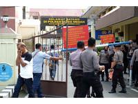 24歲男大生警總前「炸彈捆身自爆亡」 停車場噴大量碎片6傷