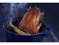 銀塔榨鴨限量供應 法國傳奇經典名菜現身Chefs Club Taipei
