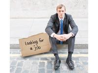 失業後想重返職場? 年紀大得花更多時間