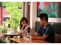 「分手妹」出演微電影 與男演員對眼大呼「好害羞!」