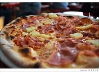 「我若有權,披薩禁止放鳳梨!」冰島總統玩笑話引鳳梨論戰