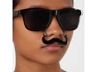 鬍子太陽眼鏡 臭臉也可以很funny!