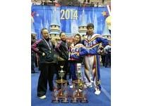 台灣之光!輔大兩學生奪下台灣第一面啦啦隊世界金牌
