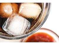 感冒到底能不能喝可樂? 9大感冒「絕對不能吃」的食物