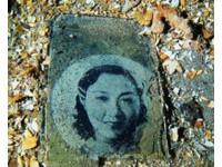 攝影師潛潟湖拍二戰日軍「幽靈艦隊」 驚見絕世美女照