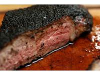 美牛飼主:為讓肉好吃 許多牛隻陰道及直腸脫垂