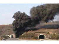 山西隧道2甲醇車相撞 爆炸燒毀42車31人死亡