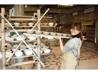 大手拉小手 把陶土變成與眾不同的藝術品