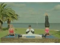 MLB/與折腰、倒立女孩同台 MVP卡布雷拉劈腿爽拍廣告