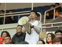 SBL/職棒、超籃雙棲啦啦隊長 郭昇杰場邊最佳帶動者