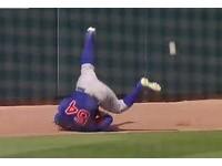 MLB/小熊麥當勞超落漆 守備「倒頭栽」掉球送分