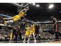 NBA/溜馬、熱火火爆對決 衛斯特關鍵三分彈滅火