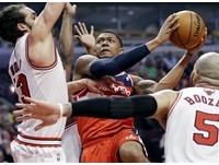 NBA季後賽/年輕巫師爆冷晉級 畢爾:展示我們的成長