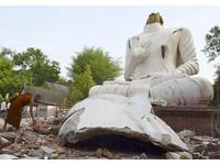 泰北清萊府地震 巨大佛像遭「斷頭」崩塌