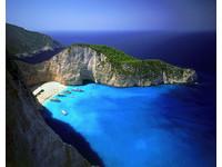 拚死也要去的世界絕景!希臘白沙灘散發詭異氣息