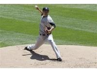 MLB/基特貢獻5支4 田中將大6.2局失1分奪勝投