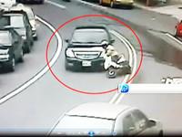 正妹趕上班超車自摔 捲分局長車底傷重不治