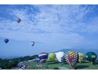 特別的迎曙光方式 搭熱氣球高空追日