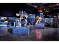 變形金剛三十周年澳門開展 3D投影彷彿置身賽博坦星球
