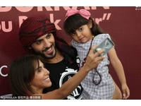 帥到被驅逐出境!阿拉伯男模訪墨西哥 蘿莉和熟女發狂