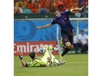 世足賽/范佩西、羅本各進2球 荷蘭5比1屠殺西班牙