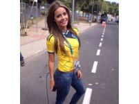 哥倫比亞性感記者搶鏡 網友驚呆:世界盃女神就是你了