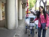 養樂多媽媽變姊姊 年輕化刺激買氣《ETtoday 新聞雲》