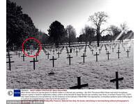 參觀一戰墓園 英國少年:我的手機拍到鬼了!