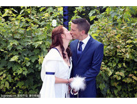 初吻的路燈下舉行婚禮 新郎:這是火花的發源地
