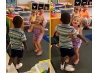 「沒有歧視也沒有仇恨」 黑白小朋友愛的抱抱影片爆紅