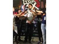NBA/亞當斯專屬刺青獻家族 稱黃蜂傑佛森最難纏