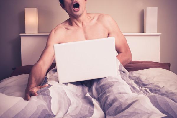 20岁男起床就自慰「没事都会硬」 一遇女友却软趴趴