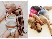 午睡男孩與狗長大了 仍相擁入睡(圖/翻攝自Instagram)