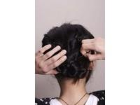 VOGUE/【創意新髮型】不會綁辮子也能捲出漂亮髮髻