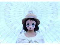 櫻花妹新自拍風潮 戴「2.5次元」面具變身漫畫美少女