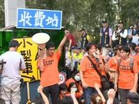 國道抗爭持續延燒 葉匡時親赴粉絲團「滅火」引爭議