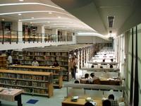 新北圖書館總館將推24小時開放 朱立倫:要像誠品