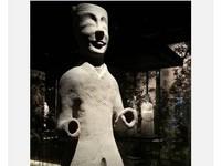 雙十一的寫照 南京六朝博物館「剁手俑」走紅