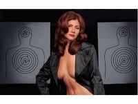 美艷間諜查普曼「胸器逼人」 大總統普丁也相中她拍片