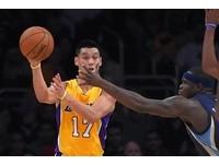NBA/林書豪還是很殺 啟動關鍵「空接爆扣」震全場