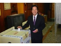 快訊╱台南╱賴清德超過52萬票 自行宣布當選