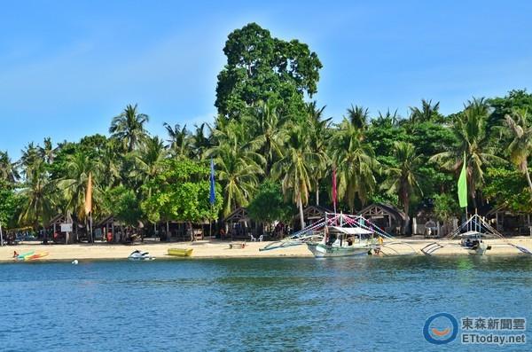最知名的地区,分布有33.200公顷的珊瑚礁,各式各样的热带鱼、魟鱼